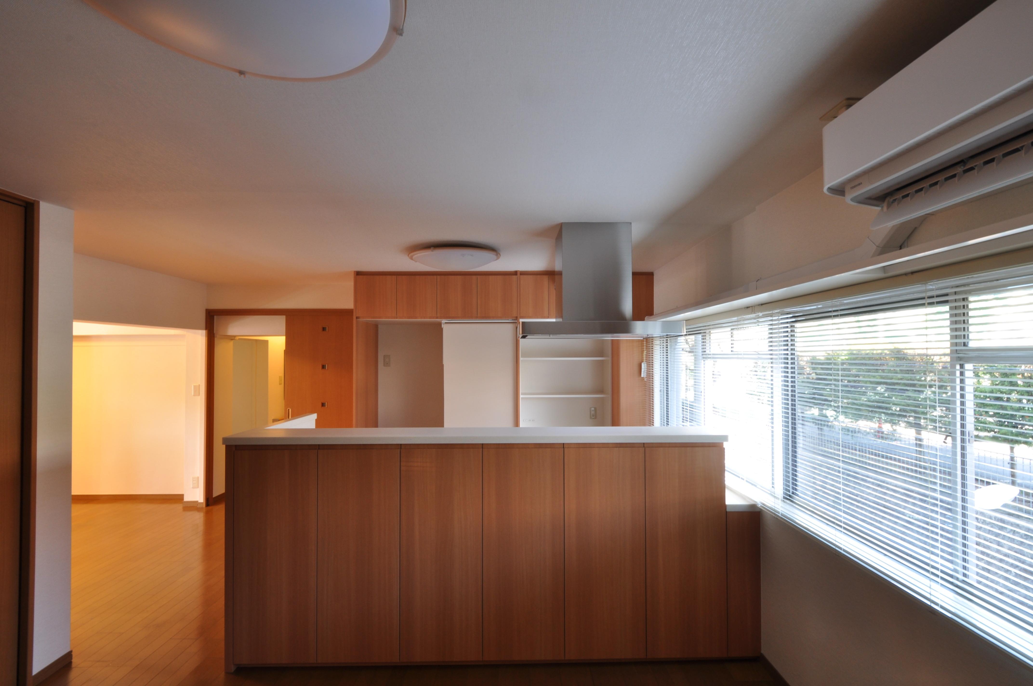 キッチン正面から1.JPG